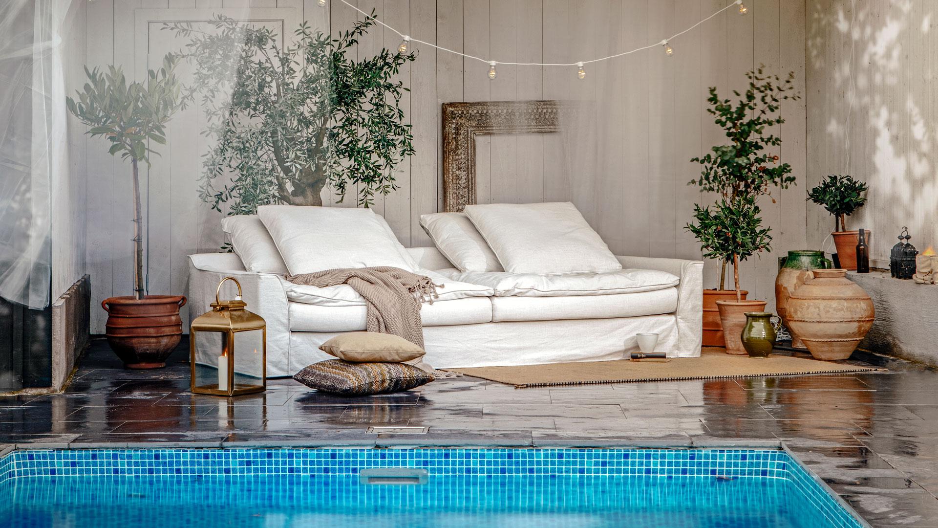 Furninova skänker stilren soffa till Älvsvingens auktion